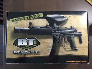 LIKE NEW BT Delta Elite Paint Ball Gun & Mask