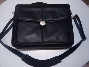 LAPTOP CARRY CASE - Dell Executive all leather