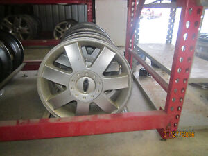"""FORD FIVE HUNDRED (500) 17""""  WHEELS @ PICNSAVE WOODSTOCK!!!!"""