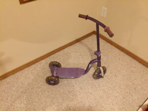 Kids scooter.  Mint condition.