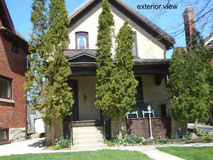 immaculate home near Centre-in-the-Square and downtown Kitchener