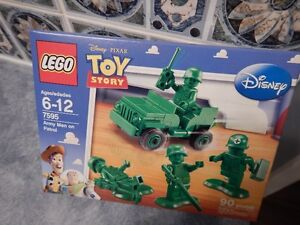 Lego Toy Story 7595 Army Men on Patrol: 90 Bricks - 4 Minifigs Prince George British Columbia image 1