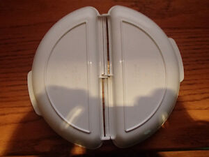 NORDIC WARE Microwave Omelet Pan As New Sarnia Sarnia Area image 2