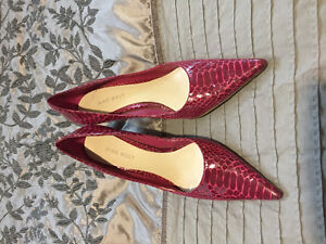 Two pairs heels for 8$!