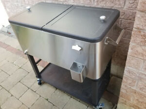 100 Quart Stainless Steel Ice Chest Cooler on Wheels