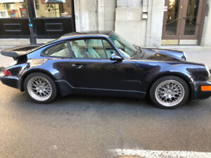 PORSCHE 1991 TURBO MIDNIGHT BLUE
