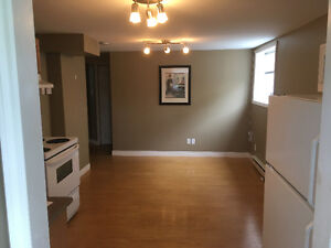 Centrally located backing on park. Internet & TV included.