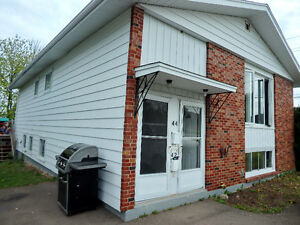Duplex off Shediac Road!