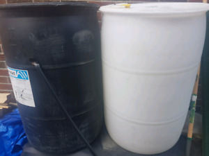 RAIN BARREL in white, black and blue