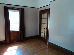 Large 3 Bedroom Apartment in Downtown Fredericton, 572 Needham