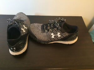 Under Armour Bandit Running Shoes (Good Condition)