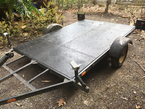 Utility trailer 9 ft long 6ft wide 550.00