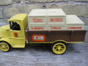 DIE  CAST METAL  TOYS London Ontario image 6
