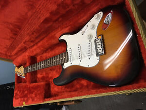 Fender USA Stratocaster- 20 years old -Never used