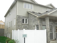 GORGEOUS -3 BEDROOM TOWNHOUSE CONDO– MOVE IN March 15