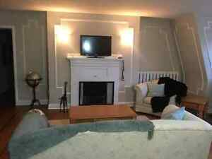 large 2 bedroom flat close to universities available May 1