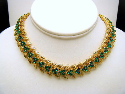 Crown Trifari Vintage Necklace Gorgeous Green Rhinestones Gold Tone Choker  on Lookza