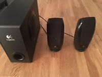 Logitech 2.1 Speakers 20W subwoofer