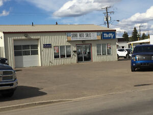 Building & Lot for lease in Swift Current, SK