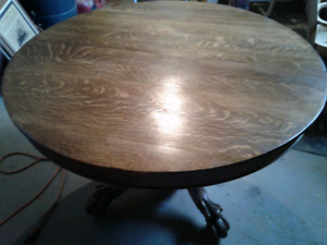 Antique  quarter cut oak round table