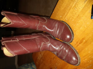 Justin Cow boy boots