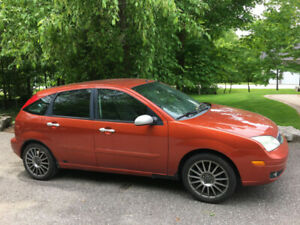 2005 Ford Focus ZX5 Hatchback