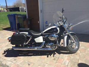 Honda shadow ace 3300$