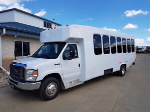 NEW 2017 24 PASSENGER w/REAR LUGGAGE SHUTTLE BUS
