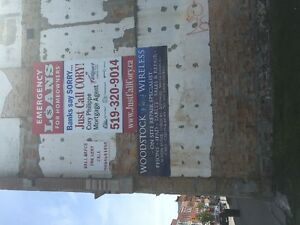 sign space for lease in downtown woodstock