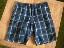 HURLEY Mens Shorts Size 34 Cronulla Sutherland Area Preview