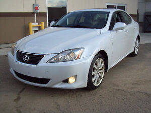 """2007 LEXUS IS250 AUT in """"Icegrey-Metallic"""" with only 135000km!"""