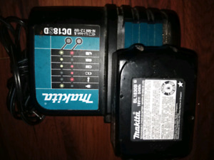 Makita Battery Charger(DC185D/ Makita Battery(BL1830B)