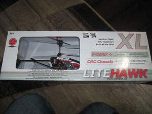 R/C HELICOPTER  FOR SALE Cambridge Kitchener Area image 4
