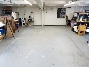 Maker / Crafter Studio space