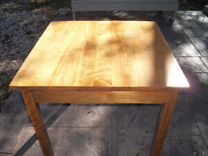 Solid Maple Table London Ontario image 1