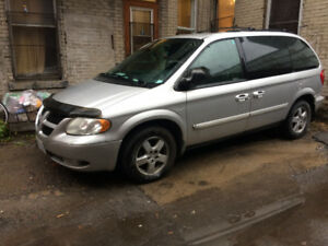 2004 Dodge Caravan (ideal for licenced dealer)