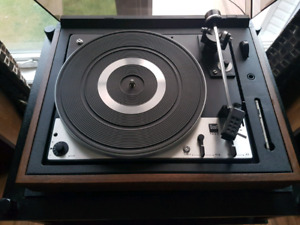 Dual 1225 Turntable / record player