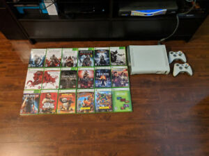 XBOX 360 + 18 GAMES, 2 WIRELESS CONTROLLERS
