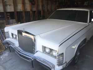 Ford Lincoln towncar 1977