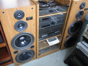 LARGE STEREO SYSTEM