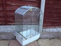 BIRD OR PARROT CAGE WITH FEEDING POTS SMETHWICK £20