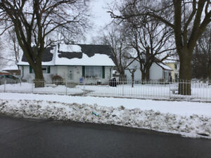 76 Exeter Rd. for Lease **OPEN HOUSE Thurs. Jan 18, 6:30-7:30 pm
