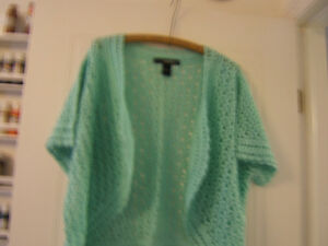 AQUA HAND CROCHET BOLERO  SIZE 24 (3X) Kingston Kingston Area image 1