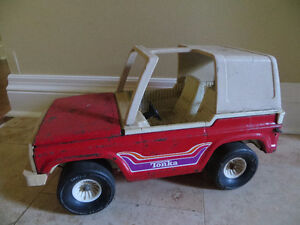 Vintage Tonka Red Jeep