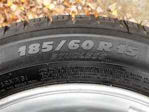 pneus hivers 185-60-15 michelin X-ICE comme neuf mags accent