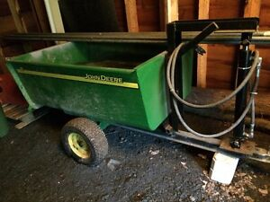 John Deere utility trailer with dump hydraulic