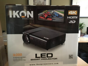 """LED HD projector with compatible 70"""" screen"""