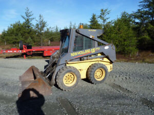 2002 New Holland Skidsteer (TAXES ARE INCLUDED IN THE PRICE)