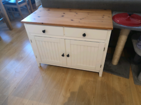 Beautiful white farmhouse sideboard / drawers