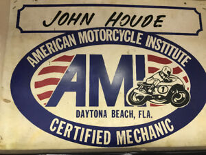 Motorcycle mechanic- licensed and reasonable rate